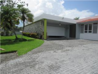 Large Residence in Santa Maria with Pool