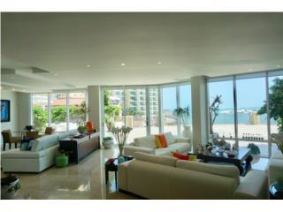 Modern Apartment in Laguna Plaza, Condado