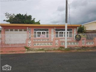 Urb. Country Club, Carolina