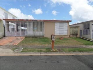 CASA, URB. LOIZA VALLEY, 4 HAB /2 BATHS