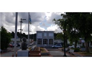 Edificio De Esquina con ESTACIONAMIENTO! Pueblo