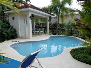 PF Miradero,piscina,amplia y hermosa
