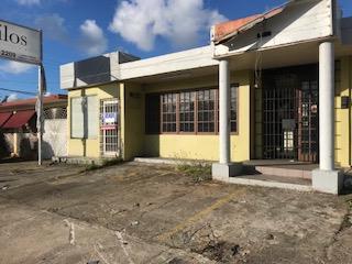 Ave Nogal, Lomas Verdes, Edificio Comercial