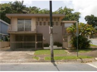 Casa en esquina 100% FHA de HUD