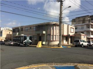 Santa Rita, Humacao- Edificio de Apartamentos