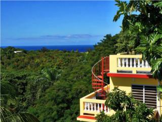 Four bedroom home in Puntas with views!