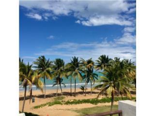 RIO GRANDE - Playas del Yunque - En la playa!
