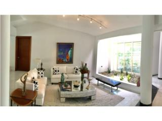 BEAUTIFUL ONE STORY HOME IN SANTA MARÍA