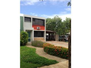 CASA LINDA VILLAGE-TOWN HOUSE DE ESQUINA