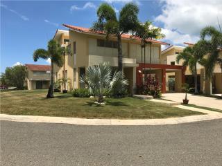 Casa Hacienda La Baume en Boquerón, P.R.