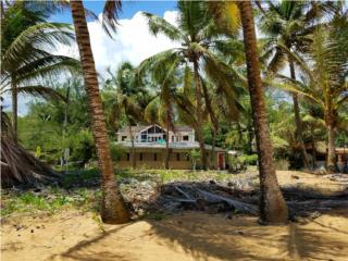 Piñones- OCEAN FRONT-HOUSE FOR SALE!!