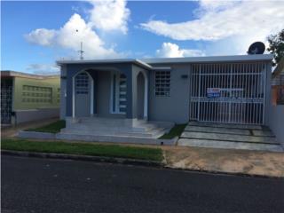 Casa remodelada a la venta, en Bayamón