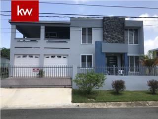 MEMBRILLO, CASA EN CAMUY, PUERTO RICO