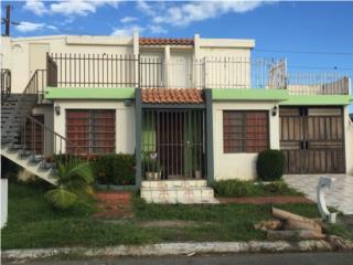 Villa Humacao 4/2 Tiene 2 aptos