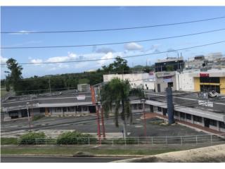 Plaza Stadium / frente al Centro Judicial