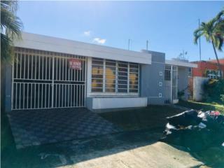 Rio Piedras Heights....Location!!!