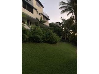 Penthouse con terraza en Guaynabo $145k