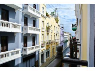 152 Calle Luna