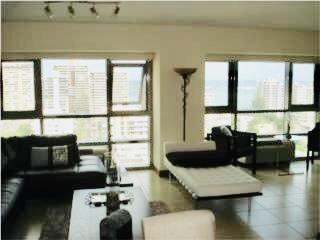 GALLERY PLAZA 1BR 2BA 2PKG HIGH FLOOR $425K