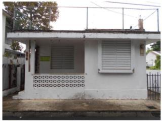 CASA, FAJARDO PUEBLO, 2 CUARTOS / 1 BAñO