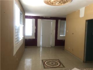Casa con 3 apts en Puerto Nuevo