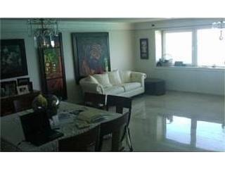 ISLA VERDE - SURFSIDE MANSIONS *SHORT SALE*
