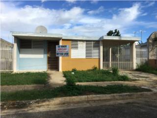 Se vende casa en Colinas de Arenalejos