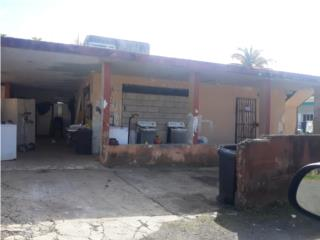 Com. Sabana Seca, # 198-A Calle Esteves Comm