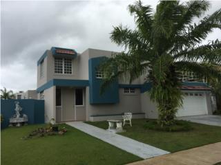 Villas de la Playa Esquina 5H/3.5B, 557metros