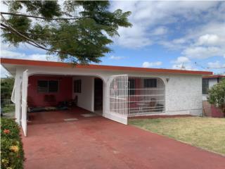 Casa con terreno amplía y cómoda