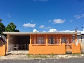 Bo. Navarro (Con apartamento)