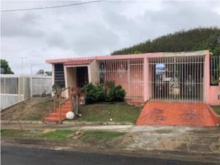 Urb. Colinas De San Martín / Juana Díaz