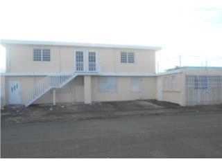 Villa Carolina  8h/4b  $138,000