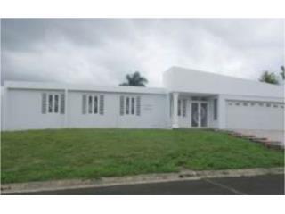 Quintas de Morovis  5h/2.1b  $180,000