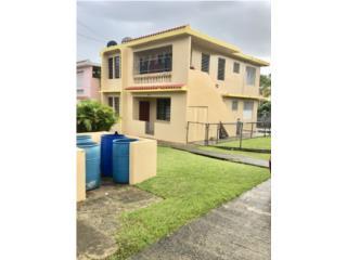 Edificio con Dos casas genere ingresos Multi