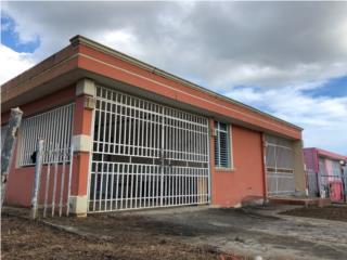 Terrazas de Cupey, Trujillo Alto. mucho patio