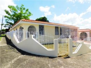 Casa de Esquina Terrera en Miraflores Bayamon