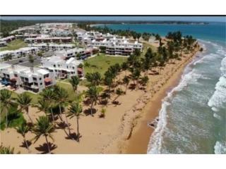 Playas del Yunque, Garden de Esquina!