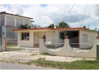 Rebajada, Excelente Localizacion, Amplio Solar