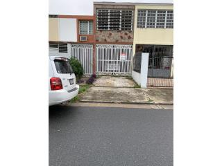 Dos Pinos Townhouse