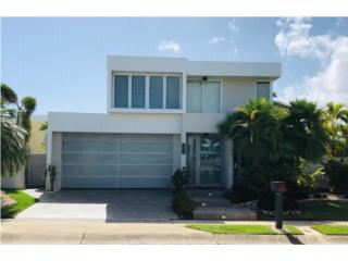 Paseo Real - Beautiful home with pool