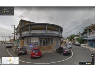 Impresionante esquina en pueblo de Fajardo