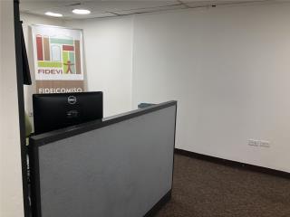 Se vende oficina Cobin Plaza remodelada