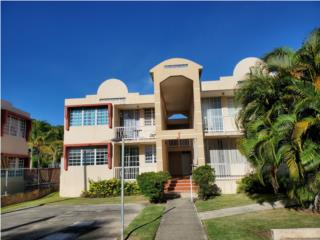 Montones Beach Apartments J