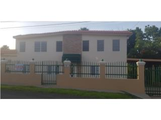 3811 Calle Las Palmas, 8 bedrooms,4 bathrooms