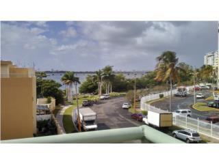 Hermoso PH en Laguna Gardens/Isla Verde!