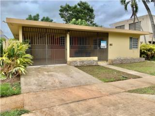 Parkville Sur @ Guaynabo / $225k AS IS