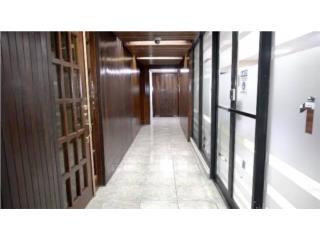 Oficina 101 Edificio Esquire 2100 p/c