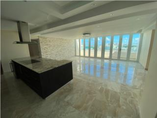 Penthouse HEART of Isla Verde - STUNNING VIEW!