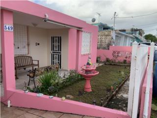 Se vende casa-Dorado Pueblo- Calle ext. Sur.
